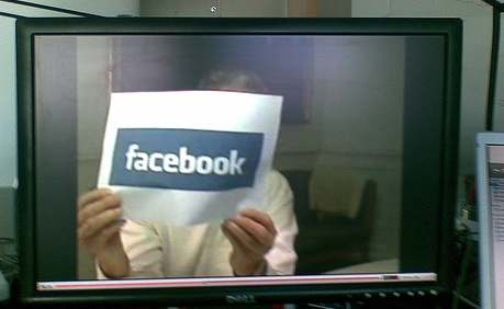 Lykketoft viser Facebook by Jacob Bøtter
