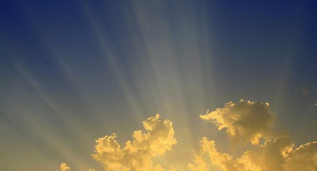 Clouds and Sun rays by Prashanth dotcompals