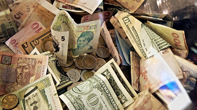 Forex Money for Exchange in Currency Bank by http://epsos.de/